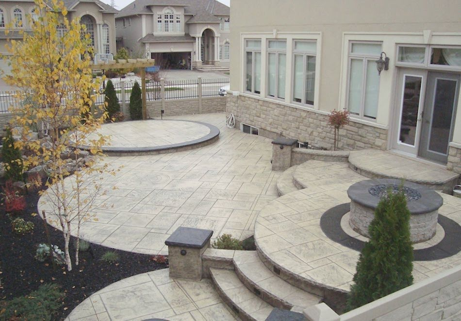 Stamped patio multilevel